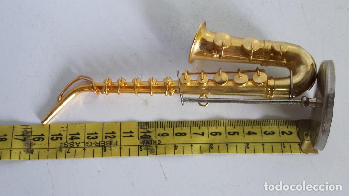 Instrumentos musicales: SAXOFÓN MINIATURA METALICO - DECORATIVO - CON EXPOSITOR - Foto 2 - 62157248