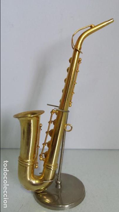 Instrumentos musicales: SAXOFÓN MINIATURA METALICO - DECORATIVO - CON EXPOSITOR - Foto 4 - 62157248