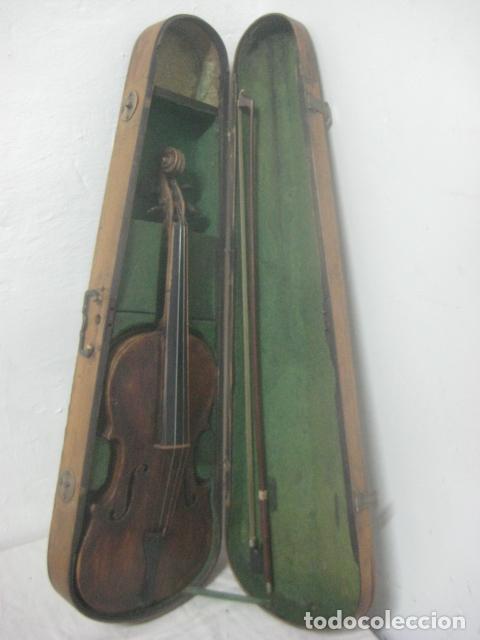 Instrumentos musicales: TREMENDO VIOLIN DEL SIGLO XVIII EN SU MALETIN ORIGINAL Y CON SU ARCO DE ORIGEN BULGARO, EXCELENTE - Foto 3 - 65749850