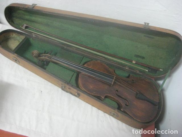 Instrumentos musicales: TREMENDO VIOLIN DEL SIGLO XVIII EN SU MALETIN ORIGINAL Y CON SU ARCO DE ORIGEN BULGARO, EXCELENTE - Foto 4 - 65749850