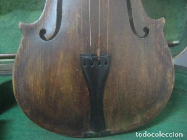 Instrumentos musicales: TREMENDO VIOLIN DEL SIGLO XVIII EN SU MALETIN ORIGINAL Y CON SU ARCO DE ORIGEN BULGARO, EXCELENTE - Foto 9 - 65749850