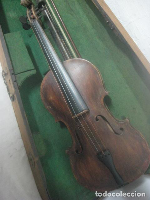 Instrumentos musicales: TREMENDO VIOLIN DEL SIGLO XVIII EN SU MALETIN ORIGINAL Y CON SU ARCO DE ORIGEN BULGARO, EXCELENTE - Foto 10 - 65749850
