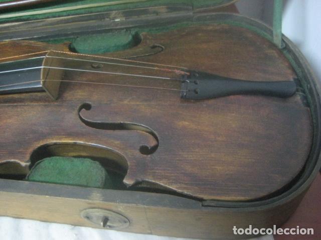 Instrumentos musicales: TREMENDO VIOLIN DEL SIGLO XVIII EN SU MALETIN ORIGINAL Y CON SU ARCO DE ORIGEN BULGARO, EXCELENTE - Foto 12 - 65749850