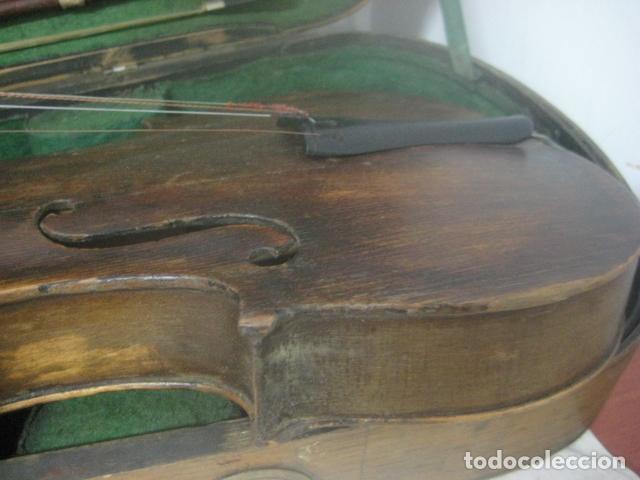 Instrumentos musicales: TREMENDO VIOLIN DEL SIGLO XVIII EN SU MALETIN ORIGINAL Y CON SU ARCO DE ORIGEN BULGARO, EXCELENTE - Foto 18 - 65749850