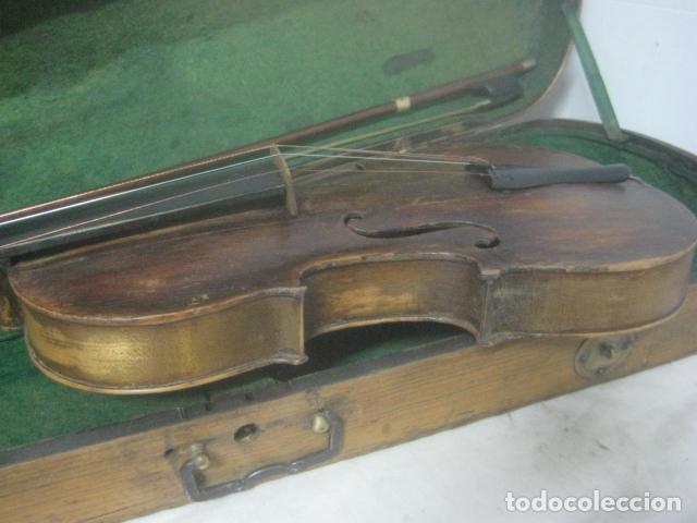 Instrumentos musicales: TREMENDO VIOLIN DEL SIGLO XVIII EN SU MALETIN ORIGINAL Y CON SU ARCO DE ORIGEN BULGARO, EXCELENTE - Foto 20 - 65749850