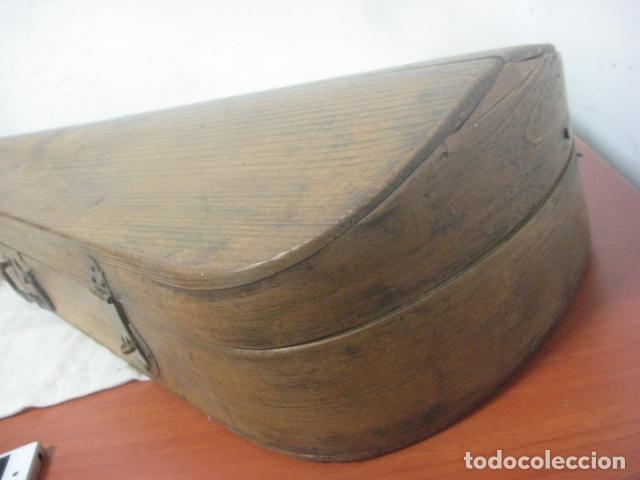Instrumentos musicales: TREMENDO VIOLIN DEL SIGLO XVIII EN SU MALETIN ORIGINAL Y CON SU ARCO DE ORIGEN BULGARO, EXCELENTE - Foto 29 - 65749850