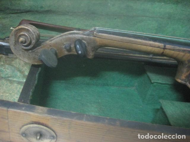 Instrumentos musicales: TREMENDO VIOLIN DEL SIGLO XVIII EN SU MALETIN ORIGINAL Y CON SU ARCO DE ORIGEN BULGARO, EXCELENTE - Foto 30 - 65749850