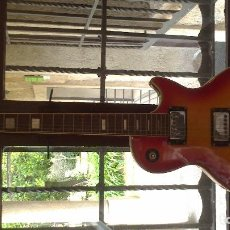 Instrumentos musicales: GUITARRA ELECTRICA MA. Lote 66117658