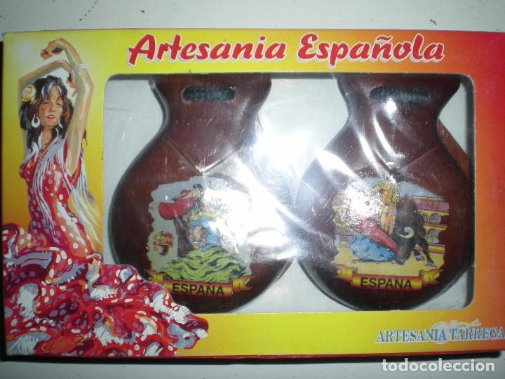 CASTAÑUELAS NUEVAS SIN USO HECHA EN ESPAÑA SOUVENIR AÑOS 70 TARREGA VALENCIA (Música - Instrumentos Musicales - Percusión)