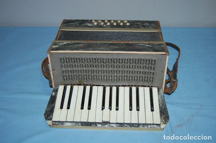 ANTIGUO ACORDEÓN (Música - Instrumentos Musicales - Pianos Antiguos)