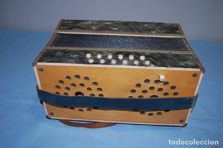 Instrumentos musicales: ANTIGUO ACORDEÓN - Foto 6 - 68330777