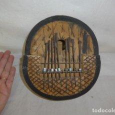 Instrumentos musicales: ANTIGUO INSTRUMENTO MUSICAL RARO DE TRIBU AFRICANA, TIPO GUITARRA DE TECLAS, DE AFRICA. Lote 69888053