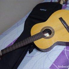 Instrumentos musicales: GUITARRA ESPAÑOLA TAMAÑO ADULTO + FUNDA. Lote 71034921
