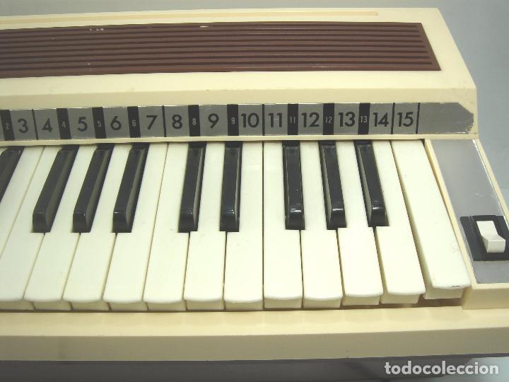 Instrumentos musicales: TECLADO ORGANO VIENTO - MARCA NACORAL MOD: VIRTUOSO SPAIN AÑOS 60 - PIANO ELECTRONICO ¡¡FUNCIONANDO¡ - Foto 3 - 72053311