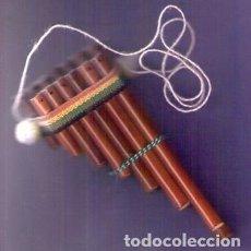 Instrumentos musicales: FLAUTA PERUANA ARTESANÍA ANDINA EN MADERA RECUERDO - SOUVENIR DE PERÚ 17 X 7,5 CMS.. Lote 75936615