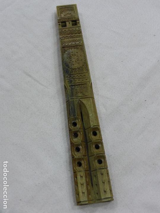 PRECIOSA Y ANTIGUA FLAUTA CON PRIMOROSA TALLA POPULAR EN MADERA NOBLE-DOBLE TUBO-ORIGINAL BULGARIA (Música - Instrumentos Musicales - Viento Madera)