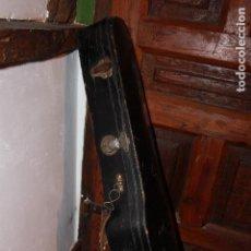 Instrumentos musicales: ANTIGUA FUNDA DE MADERA DE VIOLIN - MUSICA INSTRUMENTO CUERDA CAEN BONNAVENTURE LOTE 4353. Lote 77455121