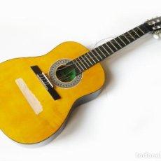 Instrumentos musicales: GUITARRA PEQUEÑA DE INSTRUMENTOS MUSICALES GARRIDO BAILEN - AÑOS 80. Lote 78988777
