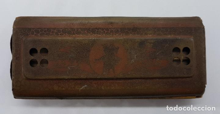 Instrumentos musicales: Armónica antigua en metal y madera de la marca Horner - Foto 2 - 80219769