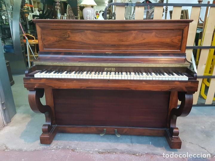 PRECIOSO PIANO VERTICAL EN CAOBA (Música - Instrumentos Musicales - Pianos Antiguos)
