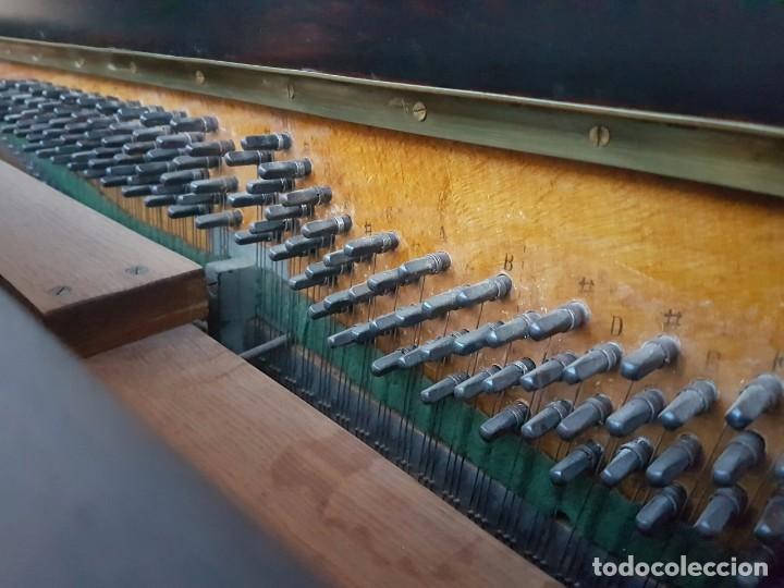Instrumentos musicales: Precioso piano vertical en caoba - Foto 2 - 80989772