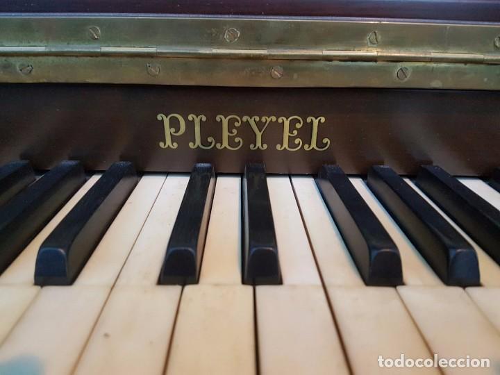 Instrumentos musicales: Precioso piano vertical en caoba - Foto 7 - 80989772