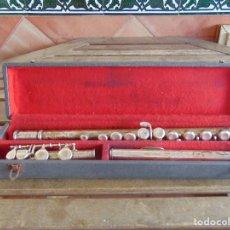 Instrumentos musicales: ANTIGUA FLAUTA TRAVESERA MARCADA ORSI MILANO EN CAJA . Lote 153945178