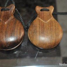 Instrumentos musicales: ANTIGUAS CASTAÑUELAS DE MADERA. Lote 83494424