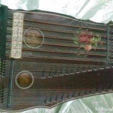 Instrumentos musicales: CÍTARA CENTENARIA. INSTRUMENTO MUSICAL CENTRO-EUROPEO.. Lote 85075932