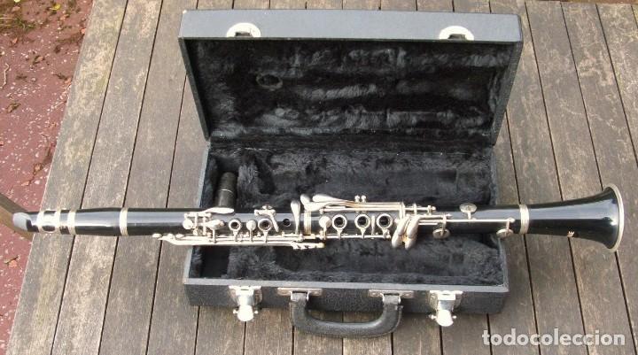 VIEJO CLARINETE MARQUE. FUNCIONANDO. (Música - Instrumentos Musicales - Viento Metal)