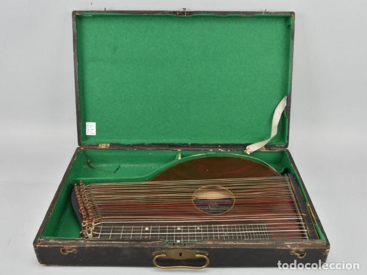 ANTIGUA ARPA CITARA SIGLO XIX 5,5X51X31 CM CAJA MALETA 235,00 € (Música - Instrumentos Musicales - Guitarras Antiguas)