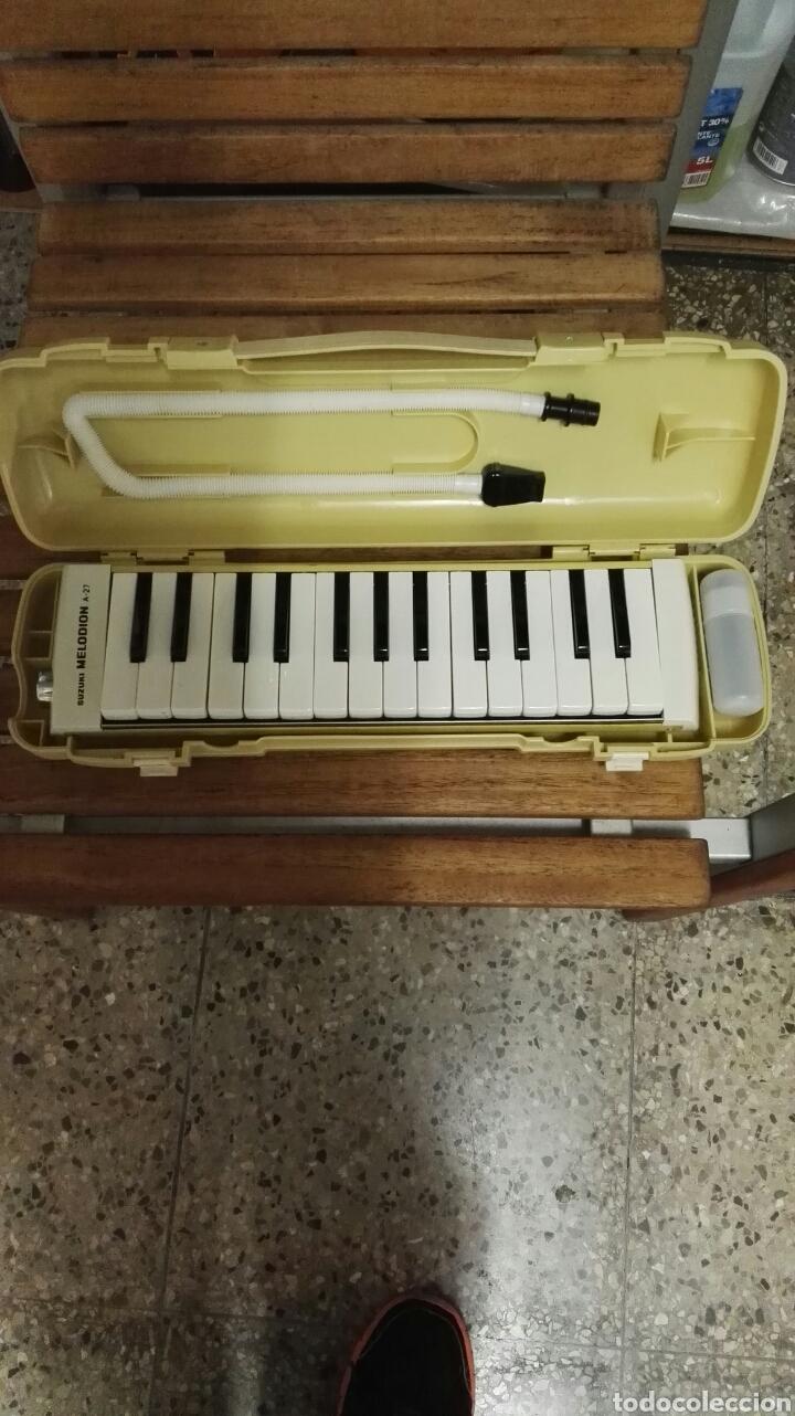Instrumentos musicales: Suzuki melodion A - 27 - Foto 2 - 89856327