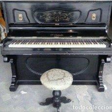 Instrumentos musicales: PIANO DE PARED S. RIBALTA + TABURETE. Lote 90134040