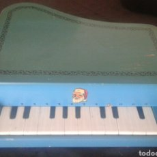 Instrumentos musicales: ANTIGUO PIANO COLA JUGUETE MADERA. Lote 90895982