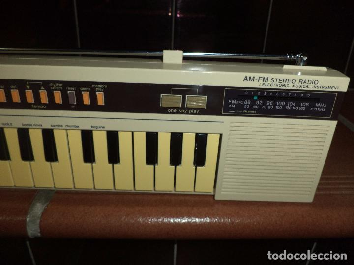 Instrumentos musicales: Teclado Stereo Casio CK 10 .Made in Japan 1980,con radio AM / FM.Keyboard vintage. - Foto 4 - 90910685