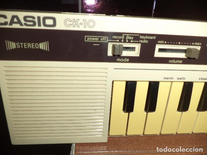 Instrumentos musicales: Teclado Stereo Casio CK 10 .Made in Japan 1980,con radio AM / FM.Keyboard vintage. - Foto 10 - 90910685