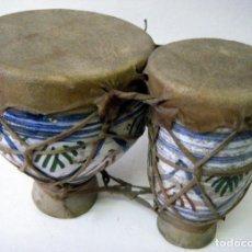 Instrumentos musicales: BONGOS TAMBORES NORTE DE ÁFRICA CERÁMICA ESMALTADA Y PIEL. Lote 91967490