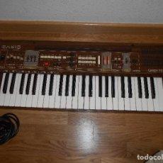 Instrumentos musicales: TECLADO CASIO CASIOTONE 405 AUTENTICA JOYA COLECCIONISTAS AÑOS 70 M.B.E. RARO !!!!! FUNCIONANDO. Lote 94435174