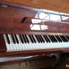 Instrumentos musicales: ANTIGUO PIANO AUGUST FORSTER. Lote 94747423