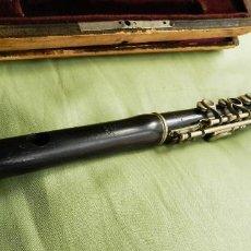 Instrumentos musicales: PICCOLO DE MADERA DE ÉBANO Y LLAVES DE METAL. MARCA LEULIET. Lote 95254963
