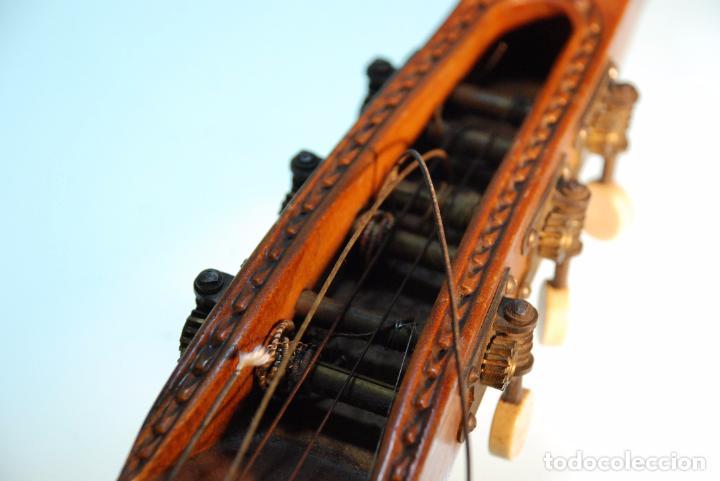 Instrumentos musicales: INTERESANTE LAUD ALEMÁN DE MADERA TALLADA - SIGLO XIX - CABEZA TALLADA EN CLAVIJERO - UNA JOYA - - Foto 4 - 96365107
