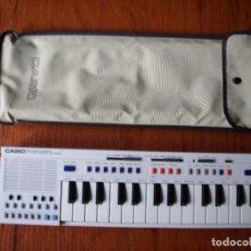 Instrumentos musicales: TECLADO CASIO PT-20 PT20 FUNCIONANDO CON FUNDA. Lote 98010295