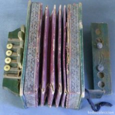 Instrumentos musicales: ACORDEÓN MADERA PARA RESTAURAR ANTIGUO. Lote 98207447