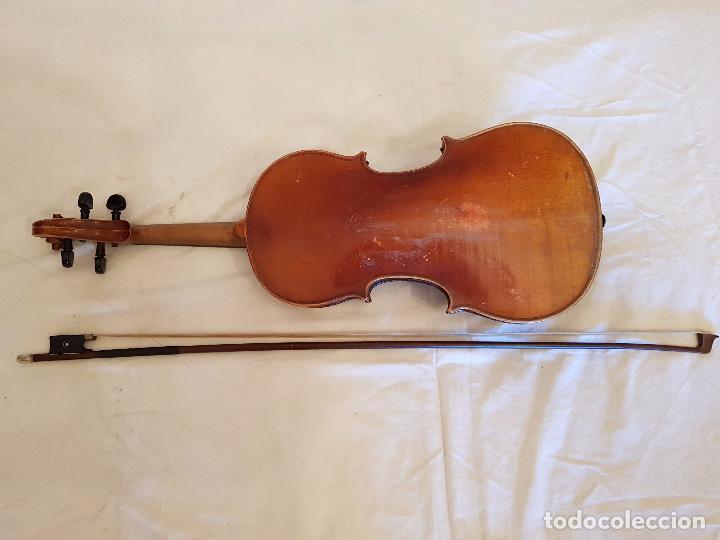 Instrumentos musicales: Violín Stradivarius (copia de 1900) con maletín incluido - Foto 2 - 99839463