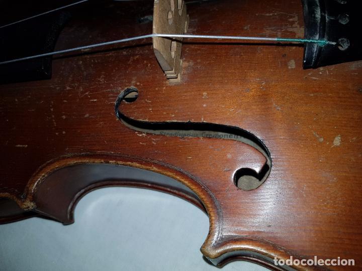 Instrumentos musicales: Violín Stradivarius (copia de 1900) con maletín incluido - Foto 6 - 99839463