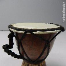 Instrumentos musicales: ANTIGUO TAMBOR AFRICANO TAMAÑO PEQUEÑO . Lote 100931232