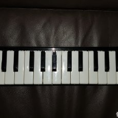 Instrumentos musicales: HOHNNER MELODICA PIANO 26 MADE IN GERMANY. Lote 103131952