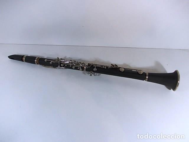 Instrumentos musicales: ANTIGUO CLARINETE EN ESTUCHE ORIGINAL - Foto 2 - 103516203