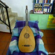 Instrumentos musicales: GUITARRA LAÚD 100 AÑOS,COMO NUEVO.FUNDA ,CORREA+ ENVÍO. Lote 104064799