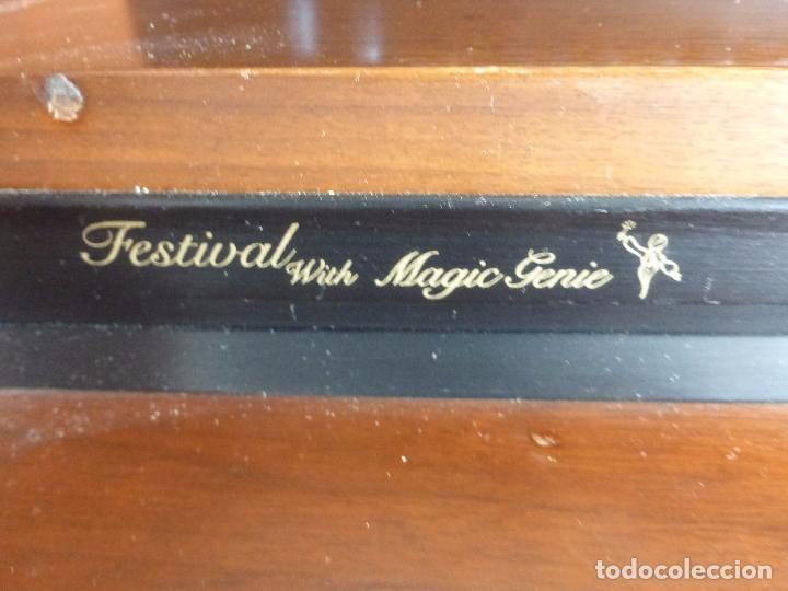 Instrumentos musicales: Antiguo Órgano Lowrey festival with magic genie - Funcionando con excelente sonido-Original años 60 - Foto 7 - 104399607